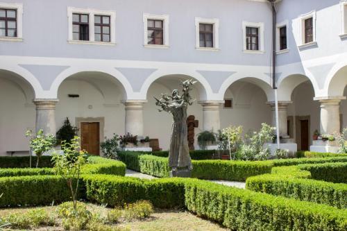 galerija franjevacki samostan slavonski brod (4)