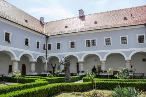 galerija franjevacki samostan slavonski brod (5)